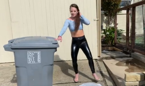 Very sexy trash walk with Lexie